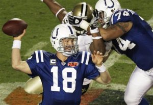 Manning throws away bid for one final comeback