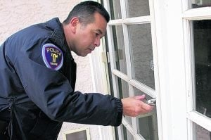 Tempe police protecting foreclosed homes