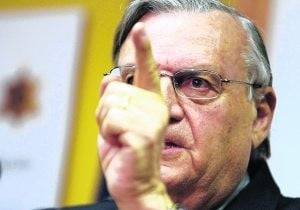 Arpaio cries wolf on immigration enforcement