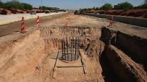 Pedestrian bridge to be built over Loop 101