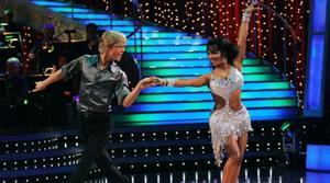 Stars redeem themselves on 'Dancing'