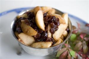 Food Deadline Apple Cranberry Sauce