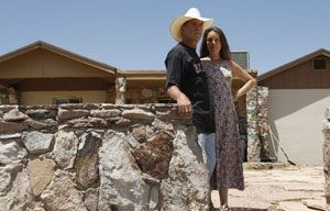 Pinal landowner claims neighbors want property