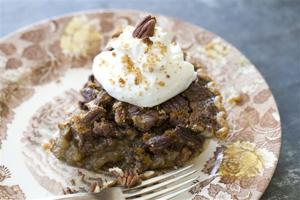 Food Thanksgiving Pecan Pie Two Ways