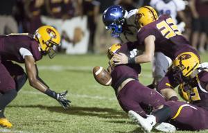 Football: Mtn. Pointe vs Chandler