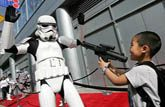 'Star Wars' fans turn out for premieres