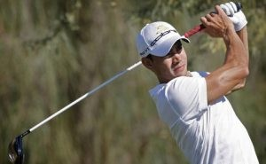 Villegas shoots 62 to take Phoenix Open lead