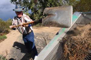 Nature, high gold prices drive hobby prospectors