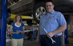 Car repair shops show feminine side