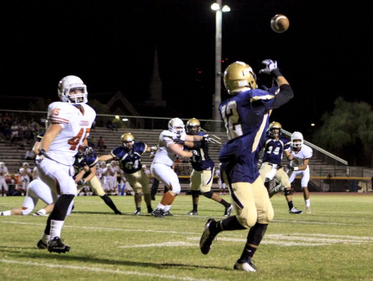 Football: DV vs Cienega