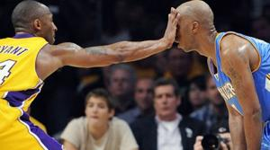 Bryant's free throws give Lakers 105-103 win