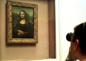 Scan hints Mona Lisa pregnant for pose
