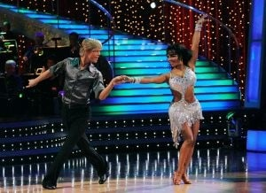 Stars redeem themselves on 'Dancing'