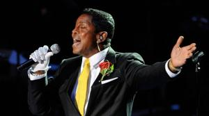 Emotional public memorial for Jackson concludes