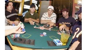 Poker players aim for Vegas tourney