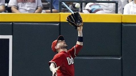 Wolf, Dodgers shut down D-Backs