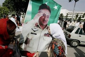 Musharraf sweeps Pakistan election