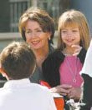 Pelosi lunches with Scottsdale grandkids