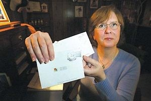 Mesa woman is a pen pal for troops overseas