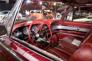More people, less cars and money at Barrett-Jackson