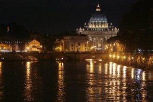 Heavy rains pound Italy, Rome declares emergency