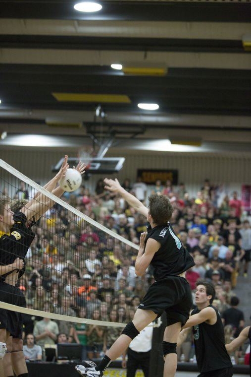 Highland vs Gilbert Volleyball State Championship