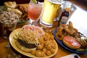 Burgers, sandwiches stand out at Teakwoods Tavern