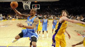 Nuggets top Lakers in Game 2 to tie series