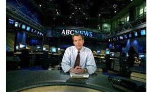 ABC News anchor Peter Jennings dies at 67