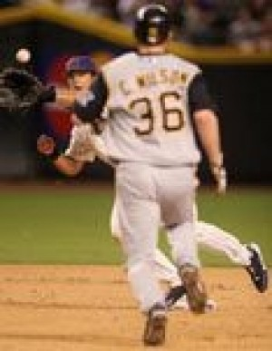 Castillo helps Pirates beat D-Backs 6-2 