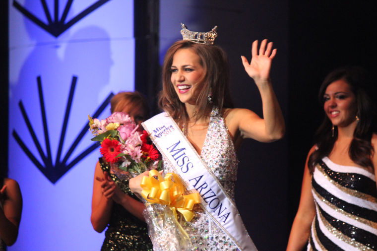 Miss Arizona Jennifer Smestad