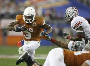 Texas holds off Ohio State in wild Fiesta Bowl