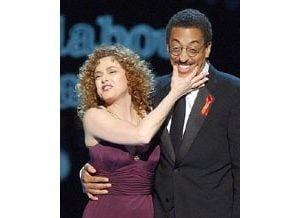 Gregory Hines dies of cancer at 57