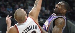 Suns survive Blazers' rally