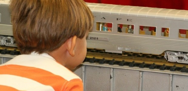 Railway display at Mesa library a delight for all ages