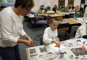 Higley schools consider fingerprinting volunteers