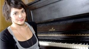 Norah Jones brings jazz to Valley