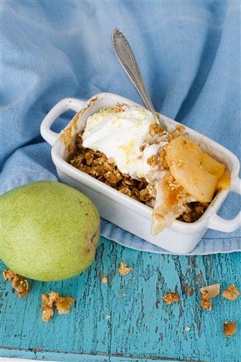 Food Healthy Pear Crisp