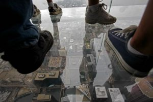 Sears Tower unveils 103rd floor glass balconies