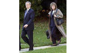 Bush chooses Miers for Supreme Court