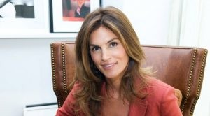 Talking with homebody Cindy Crawford