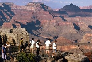 Officials: Weak dollar brings foreign tourists to state