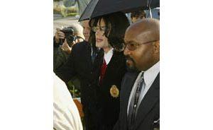 Jackson pleads innocent on child molestation
