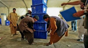 Taliban threatens polling stations in Afghanistan