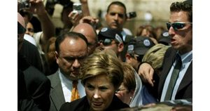 Protesters heckle Laura Bush in Jerusalem