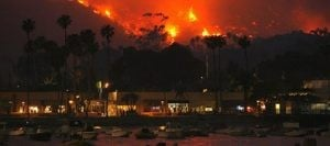 Hundreds flee Southern California island wildfire