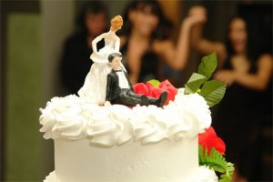 Men get economic boost from marriage