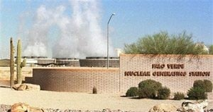Federal nuke regulator visits troubled Arizona plant