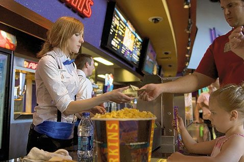 Panel: Cut minimum wage for young workers