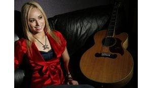 Tempe's Rickiejoleen aims for 'Nashville Star'